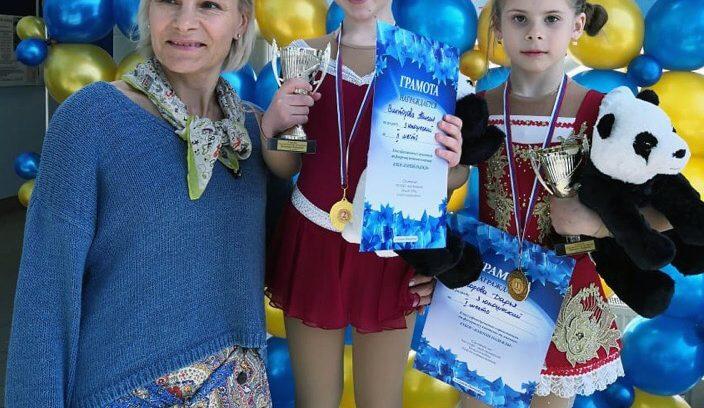 Поздравляем Дарью Егорову с 1 местом и Таисию Викторову со 2 местом по 3 юношескому разряду